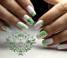 Rose Nail Art, Rose Nails, Flower Nail Art, Nail Art Diy, Botanic Nails, Nail Drawing, Nagel Bling, Solar Nails, Black Acrylic Nails