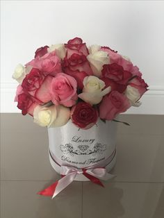Pink Roses Mix White In Box Miami South Beach Flowers Online
