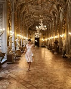 """Maddalena 🎶 viola da gamba on Instagram: """"How to make me happy *bring me to palazzo Doria Pamphilj*. One of the most beautiful places I saw, with an incredible art gallery. If you…"""" Most Beautiful, Beautiful Places, I Saw, Make Me Happy, Palazzo, Art Gallery, Bring It On, The Incredibles, Pictures"""