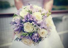 Purple Wedding Centerpieces, Purple Wedding Bouquets, Lilac Wedding, Purple Wedding Flowers, Wedding Flower Arrangements, Flower Bouquet Wedding, Floral Wedding, White Bouquets, Tall Centerpiece