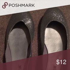 Silver flats EUC. Worn once. Shoes Flats & Loafers