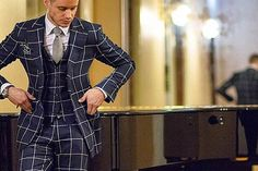 Men's Guide to Style: 5 Essential Tips on How to Wear Patterns Mens Gear, Sartorialist, Mens Fashion, Fashion Outfits, White Shirts, Stylish Men, Well Dressed, Dapper, Suit Jacket
