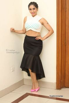 Neha Bhasin - Neha Bhasin Photos, Neha Bhasin Stills Waist Skirt, High Waisted Skirt, India Beauty, Bollywood Actress, Ballet Skirt, Two Piece Skirt Set, Singer, Actresses, Indian
