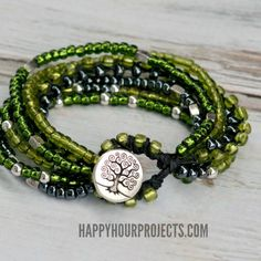 Multi-strand braided bead button clasp bracelet - Super easy with step-by-step photo tutorial; great for beading beginners. . . . ღTrish W ~ https://www.pinterest.com/trishw/. . . . #handmade #jewelry