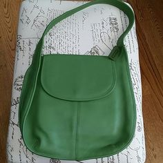 Vintage COACH Green Leather Shoulder Bag Coach 100% Cowhide leather has always been timeless! This creation is still a Beauty! Flip top magnetic closure, deep back pocket - interior zippered pocket - Vintage Coach Logo tag on beaded chain Excellent Used Condition Front Flap has lite indentation from Storage Coach Bags Shoulder Bags
