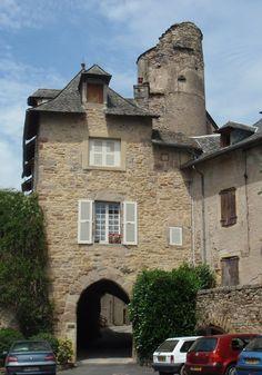 Porte de Malimande, Saint-Côme-d'Olt, GR 65, Chemin de Saint-Jacques, France