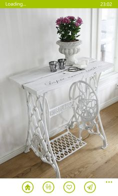 Sewing table vintage upcycled furniture New ideas Refurbished Furniture, Repurposed Furniture, Shabby Chic Furniture, Furniture Makeover, Vintage Furniture, Painted Furniture, Diy Furniture, Furniture Refinishing, Furniture Projects