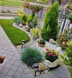 Garden Yard Ideas, Small Front Yard Landscaping, Diy Garden, Front Yard Garden Design, Outdoor Gardens Design, Outdoor Gardens, Backyard Garden Design, Rock Garden Landscaping
