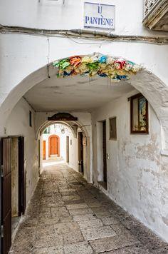 Cisternino portico