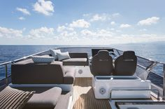 With 7 brands, Azimut Benetti offers a complete yacht range, a worldwide customer service and support for the development of tourist ports Azimut Yachts, Yacht Design, Home Depot, Carbon Fiber, Diffuser, Nautical, Car Seats, Construction, Interior Design