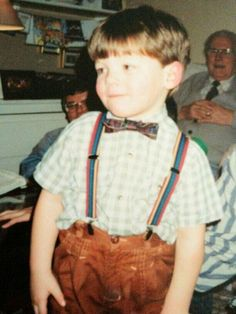 Louis Tomlinson before One Direction. Aww he still wears suspenders! One Direction Louis, One Direction Pictures, Direction Quotes, Rebecca Ferguson, Louis Tomlinsom, Louis And Harry, Nicole Scherzinger, Liam Payne, Louis Tomlinson Baby