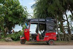 tuk tuk in Sri Lanka