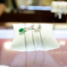 Looking for a #stpatricksday bauble? #diamondsdirect  #fashionstyle #POTD