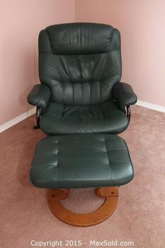 maxsold auction wilmington downsizing online auction lazy boy