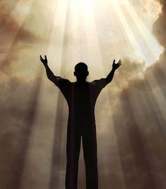 As conquistas não podem ser vistas como um fim em si mesmas. Devem ser encaradas como meios para viver um significado maior. Traçar objetivos e metas são insuficientes. Com elas sei ONDE quero chegar e COMO vou chegar. Mas não saberia responder PORQUE quero chegar. É preciso encontrar SIGNIFICADO, que é o combustível que nos move e nos impele a agir com uma motivação nobre. Gabriel Kaio