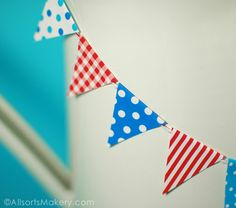 Free printable gingham and polka dot mini bunting, so cute