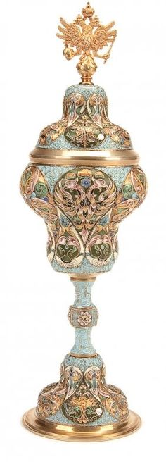IMPERIAL RUSSIAN SILVER-GILT SHADED AND CLOISONNÉ ENAMELED FOOTED CUP AND COVER, MOSCOW CIRCA 1885.