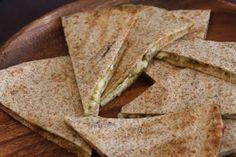 Quesedilla with cheese & corianderpesto