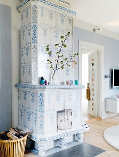 .blue & white tile fireplace