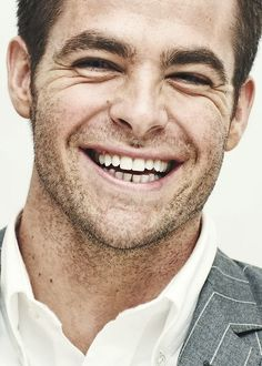fun fact: if i had to choose only one thing to look at for the rest of my life, it would be chris pine's smile.