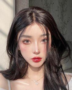 Uzzlang Makeup, Cute Makeup, Girls Makeup, Pretty Makeup, Makeup Inspo, Light Makeup Looks, Asian Makeup Looks, Korean Makeup Look, Korean Makeup Ulzzang