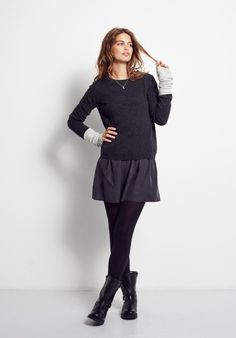 Sometimes simplicity is best, much like this loose-fit, classic hush jumper. In beautifully soft cashmere, team with a skirt and tights for winter chic.