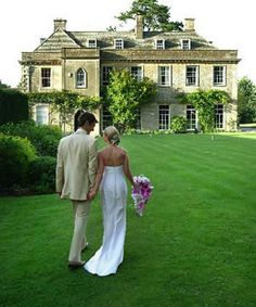 Wedding venue guide. Things to consider when searching for your perfect wedding venue.