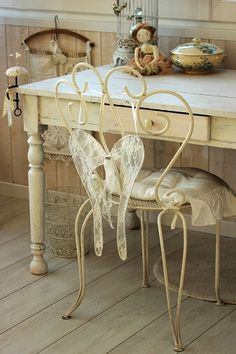 .very sweet little desk space  Love the table                              …