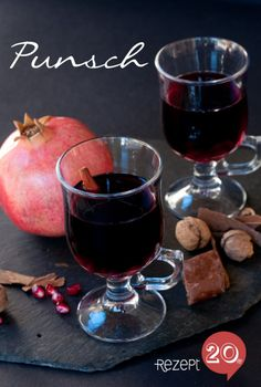 Granatapfel Punsch zum selbermachen. Noch mehr Rezepte gibt es auf www.Spaaz.de