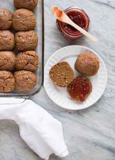 Sweet and tender Gluten Free Oatmeal Molasses Rolls that stay soft for ...