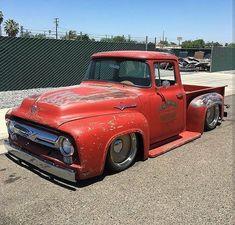 Hot Wheels - Yeow Ford work truck is so sweet! Rat Rod Trucks, Rat Rods, Cool Trucks, Big Trucks, Semi Trucks, Ford 56, 1956 Ford Truck, Ford Pickup Trucks, Chevy Trucks