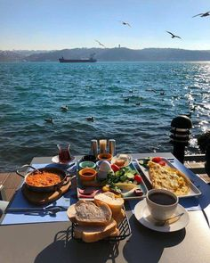 Nadire Atas on Morning / Breakfast / Lunch / Brunch / All Day nadireatassiteblo. Nadire [] The post Nadire Atas on Morning / Breakfast / Lunch / Brunch / All Day nadireatassiteblo. appeared first on How To Be Trendy. Comida Picnic, Istanbul, In Vino Veritas, Aesthetic Food, Summer Aesthetic, Learn To Cook, Dream Life, Summer Vibes, Summertime