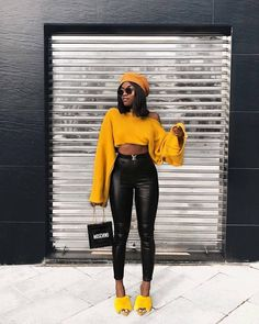 black women s fashion trainers Classy Outfits, Chic Outfits, Trendy Outfits, Fashion Outfits, Fashion Trends, Fashion Vest, Fashion Sandals, Fashion Styles, Fashion Clothes