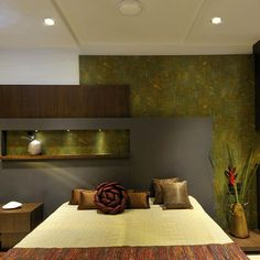 Project Photos of ShashikantBhai Res By Vaibhav & Gauri Shah Living Room Green, Living Room Modern, Living Room Designs, Living Rooms, Contemporary Bedroom, Modern Bedroom, Contemporary Architecture, Master Bedroom Interior, Bedroom Bed