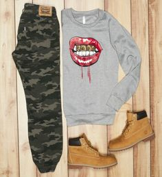 Camo joggers: Levis Sweatshirt : Crooks & Castles Boots : Timberland Tims Outfits, Chill Outfits, Dope Outfits, Chill Style, My Style, Camo Joggers, Timberland Style, Sweatshirt Outfit, Timberlands Women