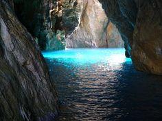 la grotta azzurra,nebida