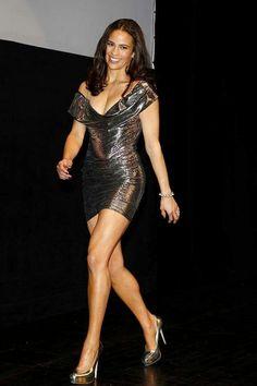 Paula Patton shapely legs in a curve hugging mini dress and high heels Beautiful Legs, Beautiful Black Women, Paula Patton Bikini, Beautiful Celebrities, Beautiful Actresses, Tight Dresses, Sexy Dresses, Actrices Sexy, Sexy Legs And Heels