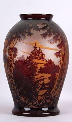 Váza Krásno nad Bečvou-Radhošť  1. polovina 20. století Signováno:  ČMS Krásno (Solomon Reich a com. Krásno nad Bečvou, Čechy)