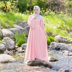 It was a mission getting on that rock but totally worth it at the end  Hijab: @saimascorner  Dress: @hayahcollection  Photography: @marzphotograghy