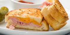 You can't go wrong with this delicious combination of sweet shaved deli ham layered with Sargento® Ultra Thin® Sharp Cheddar Cheese Slices between two slices of multi-grain bread. This sandwich is slathered with just enough pepper jelly and toasted in a skillet until the cheese is perfectly melted and the bread golden brown.