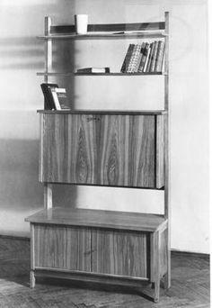Żmudzińska Irena półka z sekretarzykiem 1954