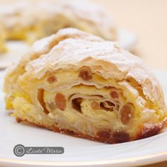 Strudel with cheese and raisins Romanian Desserts, Romanian Food, European Dishes, Bread And Pastries, Sweet Recipes, Peanut Butter, Bakery, Good Food, Food And Drink