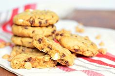Gooey Loaded Peanut Butter Cookies 3 from willcookforsmils.com #cookies #Reeses #peanutbutter