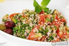 Raising an herb garden and freezing them makes cooking with fresh herbs very easy for recipes like tabouli and pesto sauce. Quinoa Tabbouleh, Couscous Salat, Quinoa Salad, Best Diets To Lose Weight Fast, Fast Weight Loss Diet, Cooking With Fresh Herbs, Diet And Nutrition, Soup And Salad, Veggie Recipes