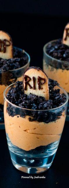 Halloween Treats, Haunted Halloween, Halloween Celebration, Welcome To The Party, Halloween Festival, Hallows Eve, Parfait, Pumpkin, Ethnic Recipes