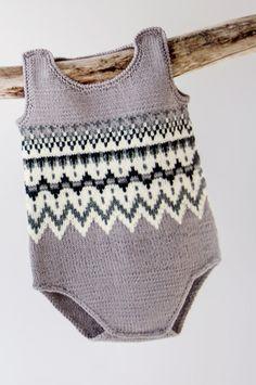 Søkeresultater for « Knitting For Kids, Baby Knitting, Norwegian Knitting, Baby Barn, Black And White Baby, Baby Suit, Lofoten, Felt Hearts, Crochet Top