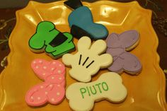 mickey mouse cookies  Mickey mouse club by Ladybugcakesdotcom