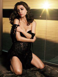Eliza Dushku sexy