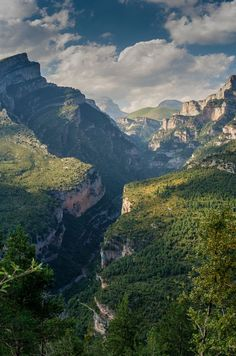 hickoryflat:Spanish Pyrenees  ♥