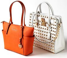 We're on the hunt for designer bags! We'll pay you CASH on the Spot for your designer bags in good condition! We love brands like: Louis Vuitton Michael Kors Dooney and Bourke and Tory Burch! No appointment needed! Michael Kors Fall, Michael Kors Bedford, Michael Kors Selma, Designer Purses And Handbags, Mk Handbags, Designer Bags, Michael Kors Purses Outlet, Michael Kors Tote Bags, Hamilton